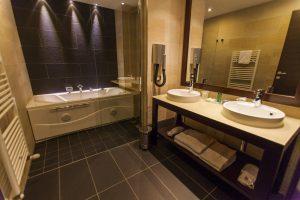 suite-bagno-bathroom-bedroom-zimmer-camera-doccia-shower