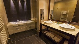 doccia-maxi-luxury-comfort-bathroom-bagno-camere