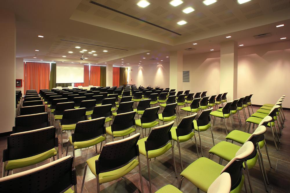 sala-congressi-meeting-hotel-residence-villa-bartolomea